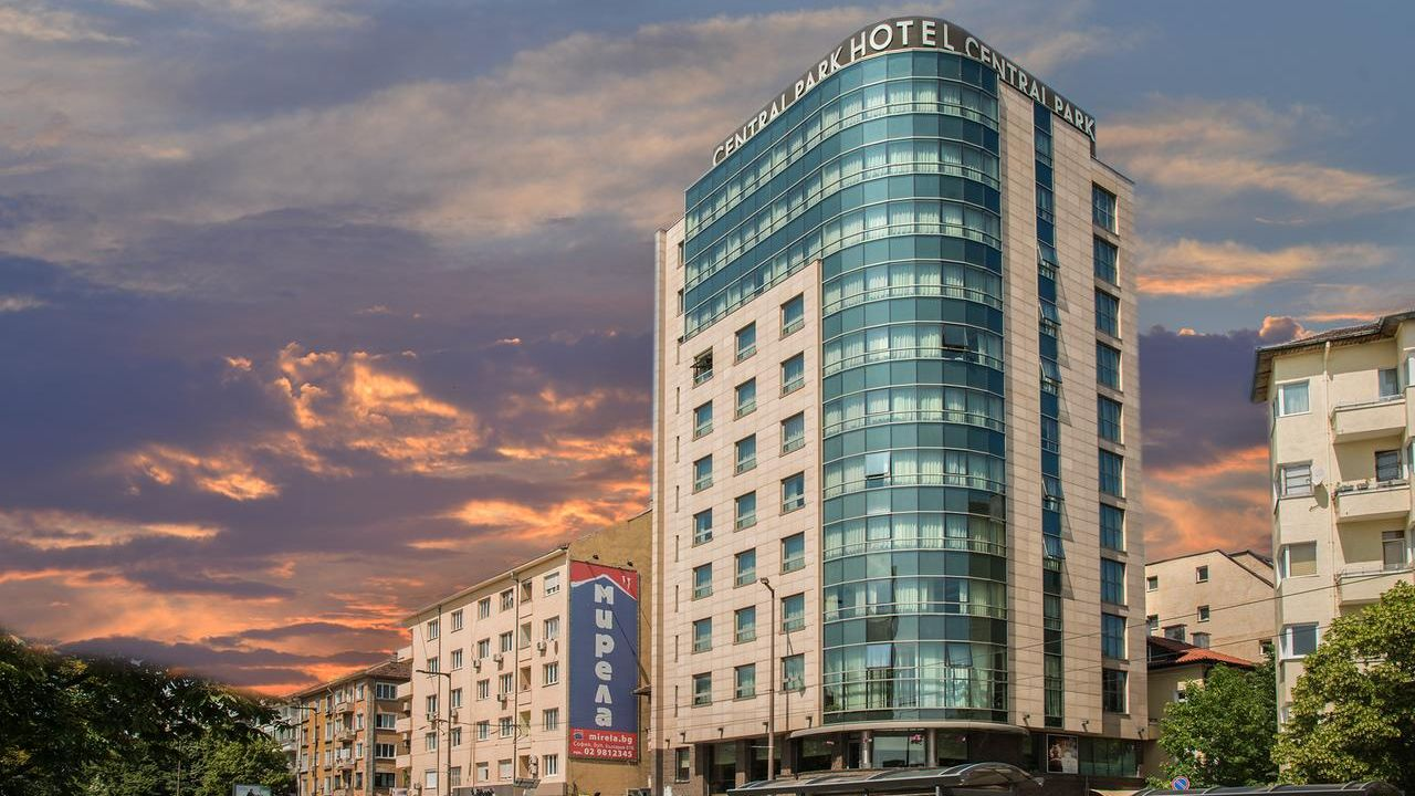 Rosslyn-central-park-sofia-4-star