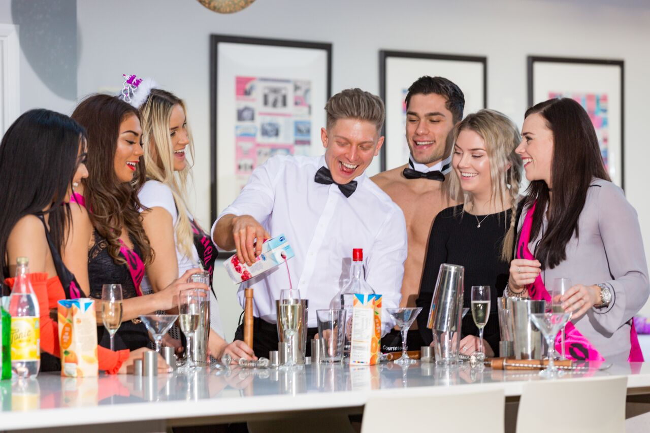 cocktail-making-classes